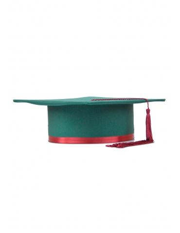 Toca absolvire verde visiniu