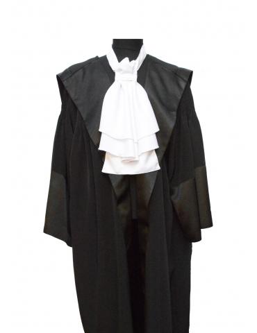 Lavaliera absolvire